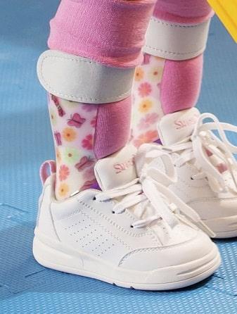 ضرورت استفاده از کفش های طبی برای کودکان