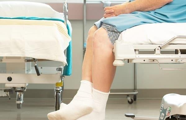 دوره نقاهت پس از عمل جراحی تعویض مفصل زانو
