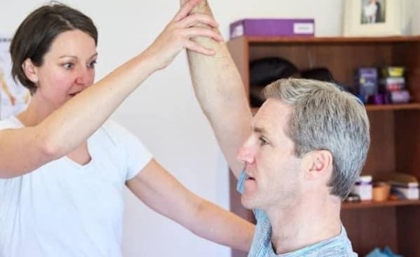 درمان پارگی روتاتورکاف شانه با طب فیزیکی