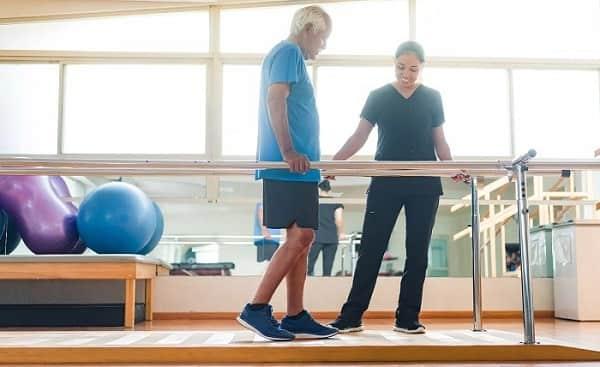 فیزیوتراپی بعد از عمل دیسک کمر برای تقویت عضلات کمر