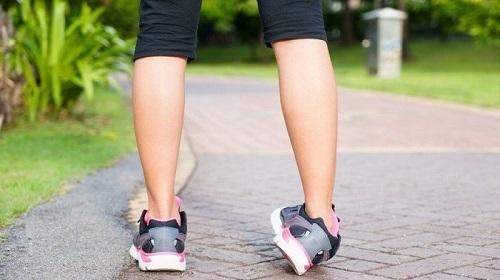 دررفتگی مچ پا در کودکان و بزرگسالان چگونه درمان میشود؟